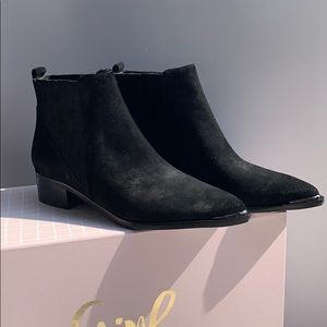 Marc Fisher Black Suede Cap Toe Booties **NEW**